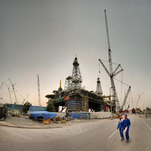 oil-gas-sector-abudhabi